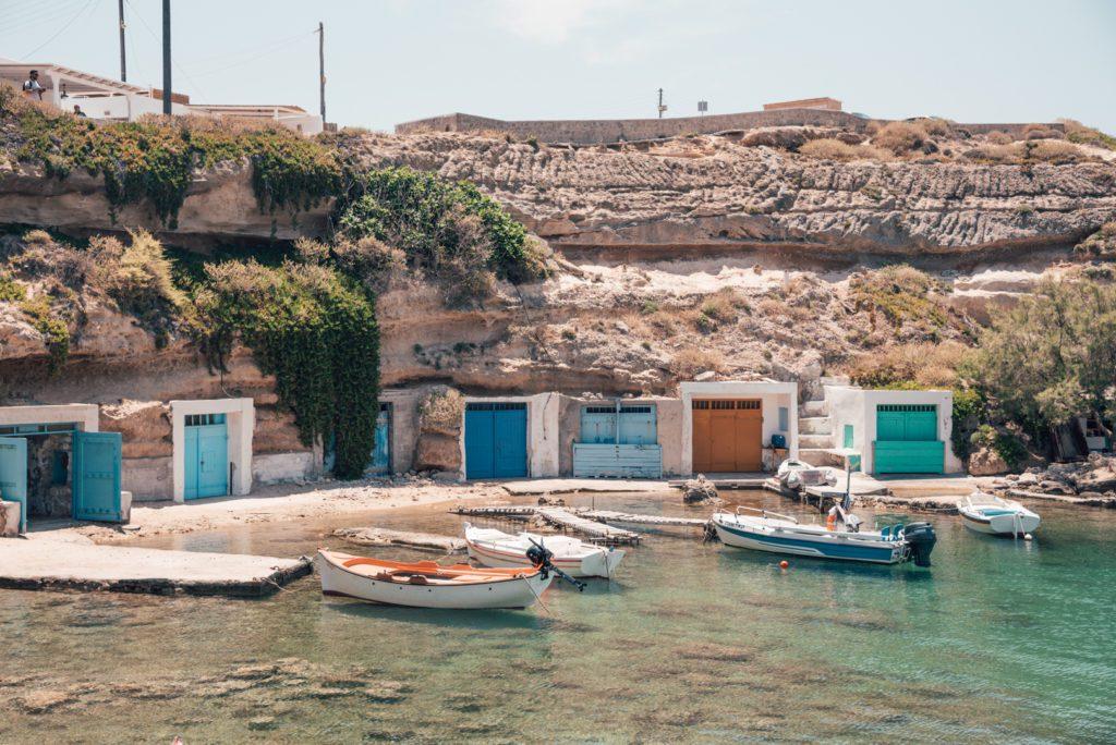 Greek syrmata in Milos