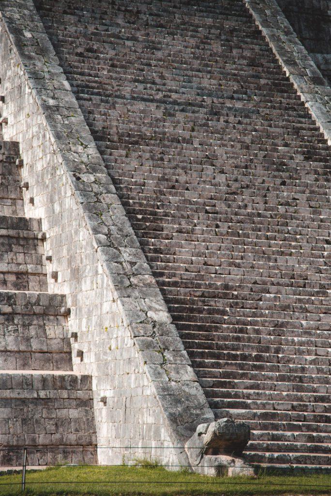 Chichen Itza main pyramid stair details
