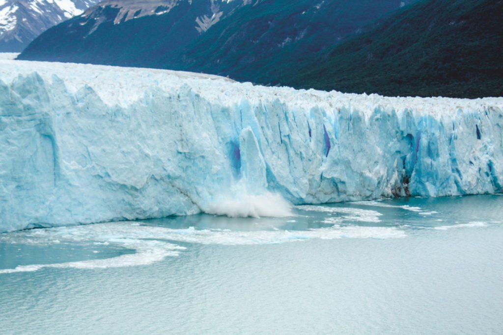 Chunks falling off the perito moreno glacier