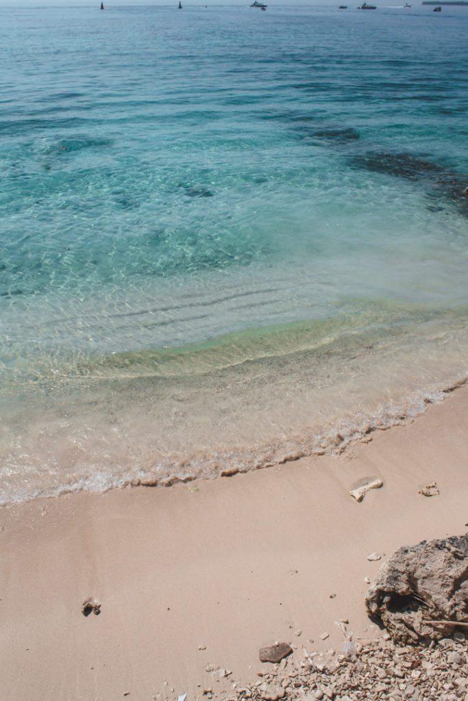 tropical beach isla grande Colombia