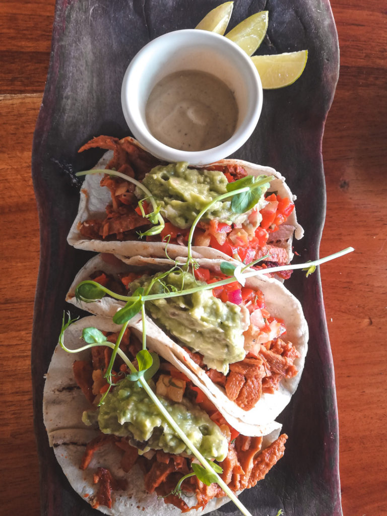 La Hoja Verde Tulum- vegan tacos