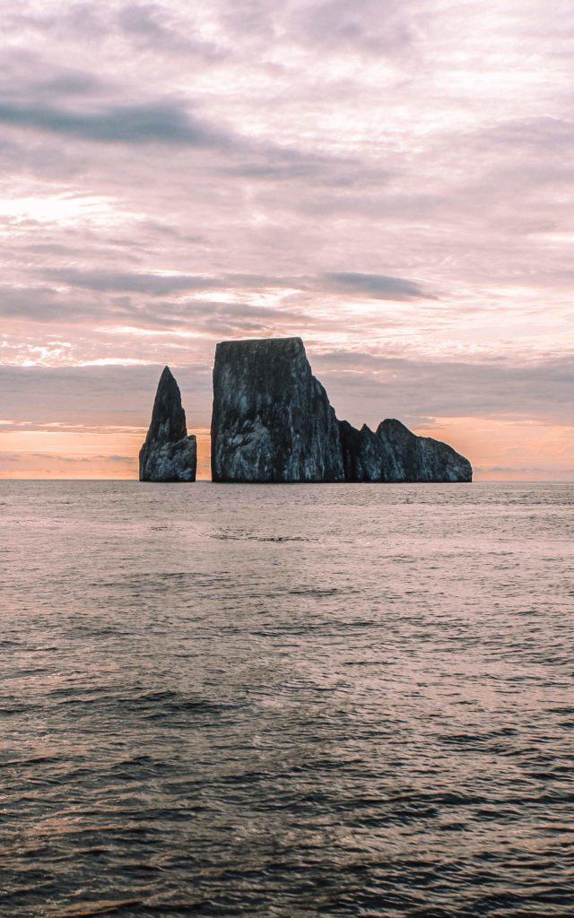 visit galapagos islands