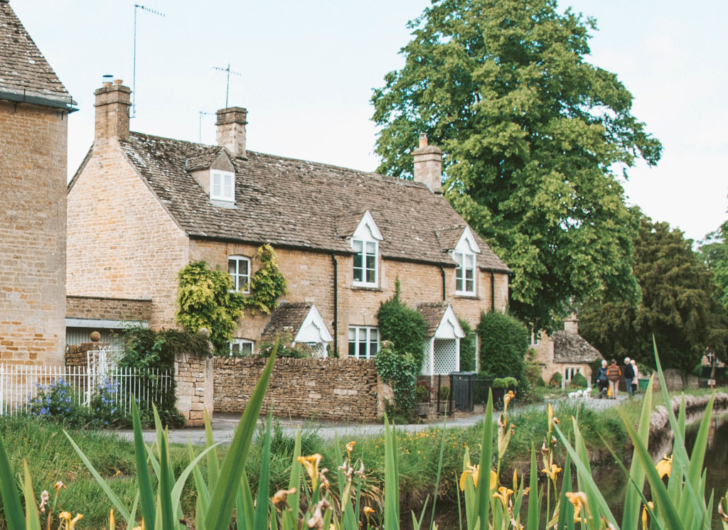 Cotswolds cottage southern England road trip itinerary
