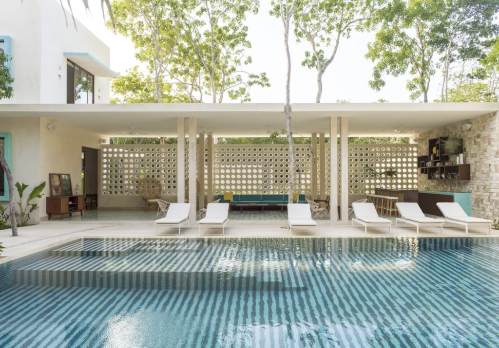 Pool ay Hotel Tiki Tiki Tulum Mexico