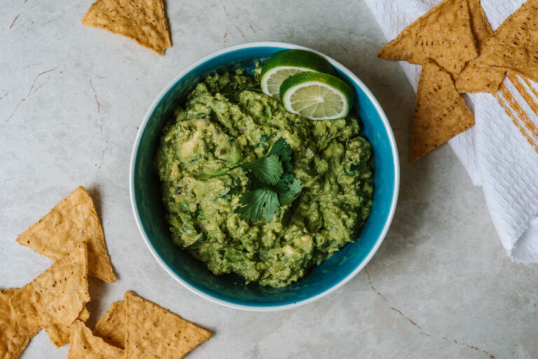 the perfect vegan guacamole recipe