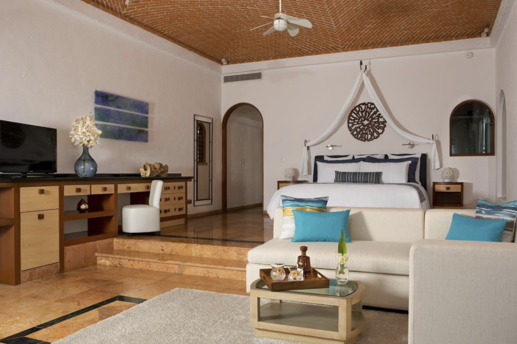 luxury hotel room in isla mujeres