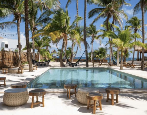selina isla mujeres- where to stay
