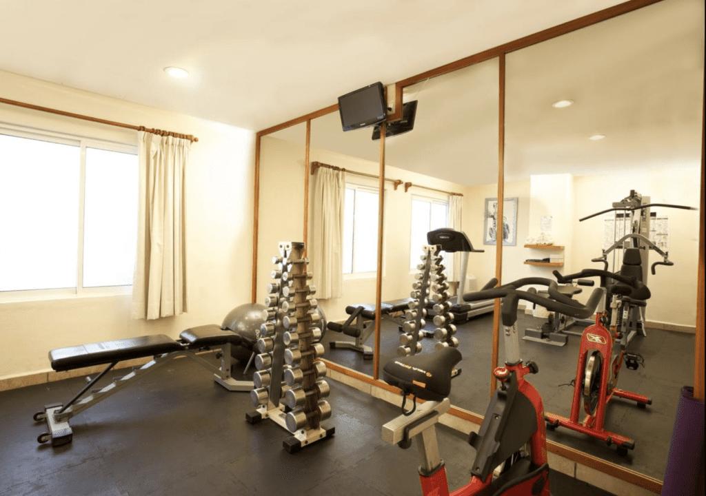 Ixchel hotel gym