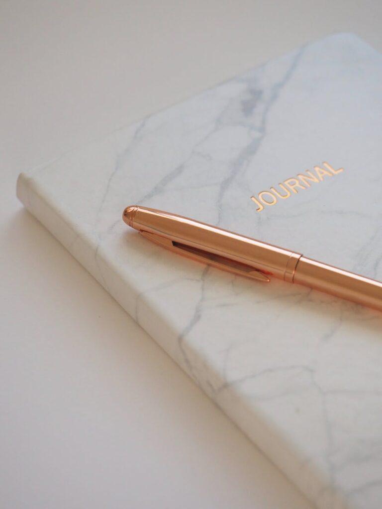 journal for gratitude journaling