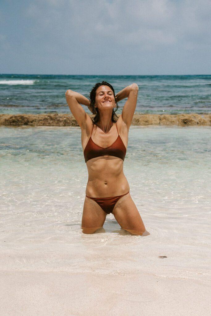 woman enjoy San Andres island