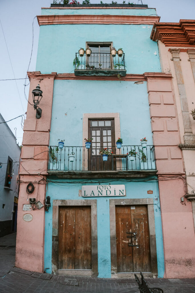 Colourful house in Guanajuato mexico