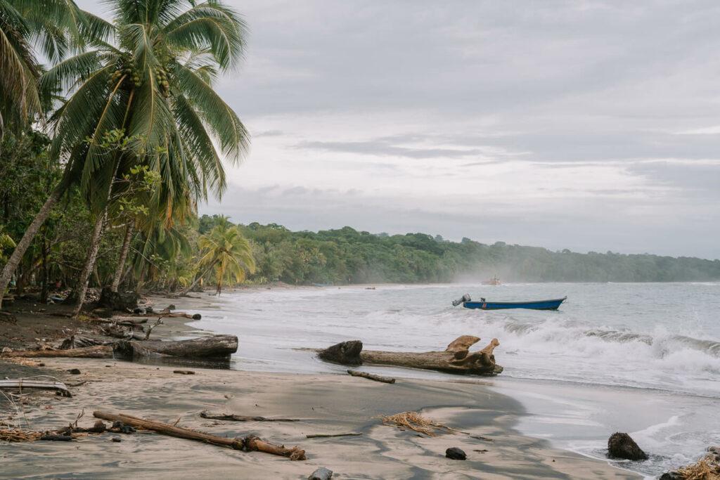 playa manzanillo limon costa rica